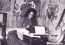 Violeta Parra, la poeta que eligió 'quedarse con la gente'