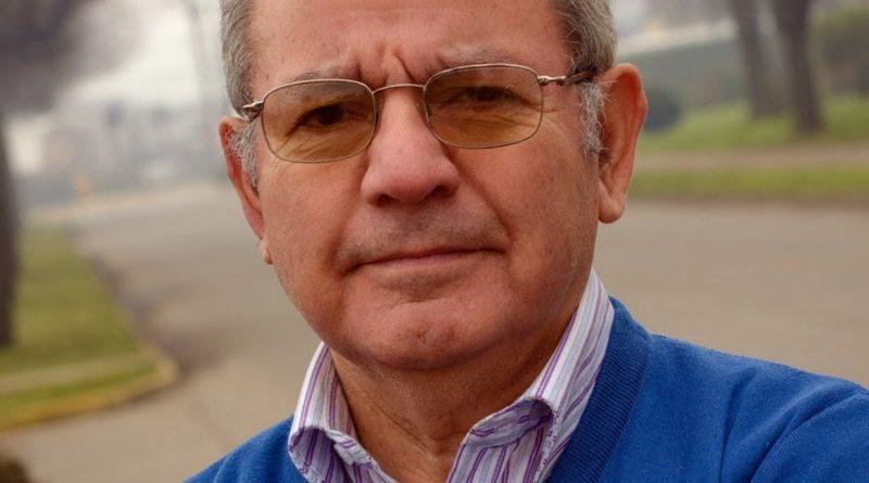 Entrevista al destacado escritor Rubén González Lefno